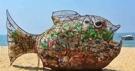 Cùng chung tay bảo vệ môi trường - Hãy cho Bống ăn rác thải nhựa chứ không phải đại dương!